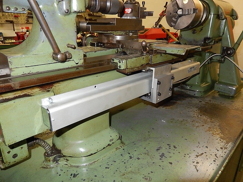 Lathe with Glass Scale