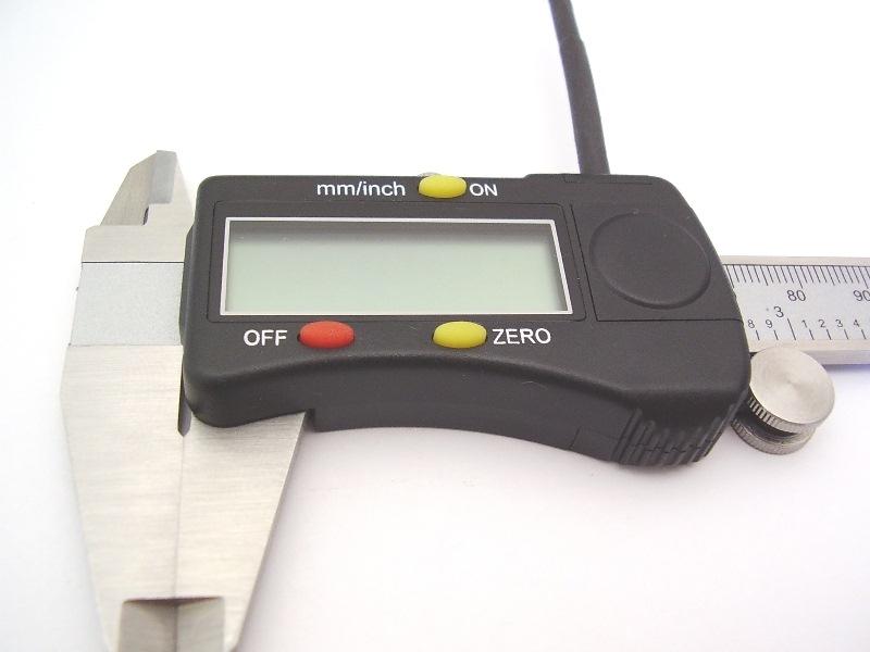 Messschieber 7-BCD mit Datenschnittstellenöffnung